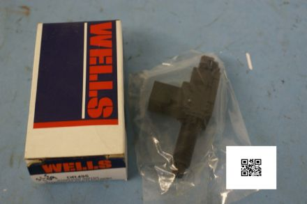 1989-1992 Corvette C4 Stop Light Switch with cruise. Wells DR495, New In Box